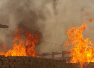 15 سيارة إطفاء تشارك في السيطرة على حريق مصنع خشب الحبيبي بكوم أمبو