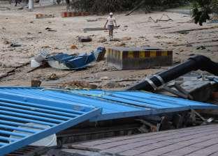 بالفيديو| مشاهد مرعبة من إعصار مانكوت في الصين: المواطنون يطيرون