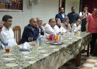 رئيس جامعة المنيا يشارك طلاب المدن في حفل إفطار جماعي