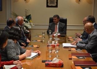 """وزير قطاع الأعمال يشهد توقيع اتفاقية إعادة هيكلة """"القابضة للغزل"""""""