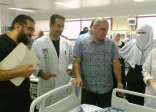 """بالصور  رئيس جامعة كفر الشيخ يطمئن على حالات جراحات """"القلب المفتوح"""""""