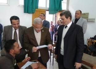 رئيس جامعة المنيا يتفقد معامل ومخازن أدوية كلية الطب البيطرى