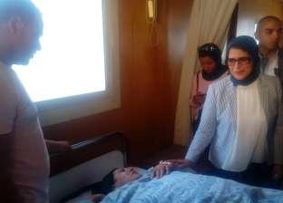 وزيرة الصحة: زيادة أعداد سيارات الإسعاف في طريق مرسى مطروح