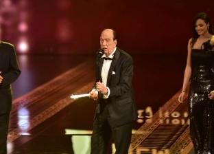 """بعد كلمته المؤثرة.. المصريون يبحثون عن حسن حسني في """"جوجل"""""""