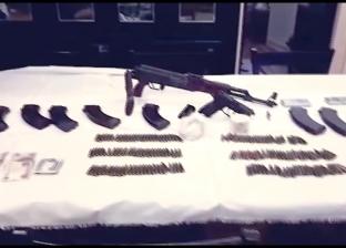 القبض على مزارع ونجله بتهمة تصنيع الأسلحة في ورشة بمنزلهما