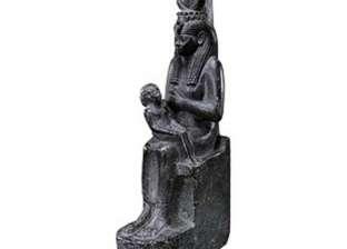 """10 معلومات عن تمثال """"إيزيس"""" بعد محاولة سرقته من متحف آثار النوبة"""