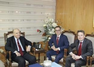 وزير العدل يستقبل السفير السويسري في القاهرة