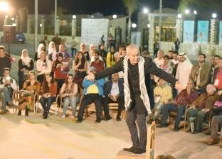"""سميحة أيوب ومحيي إسماعيل ومحمود الحديني يتابعون عرض """"سأموت في المنفى"""""""