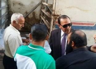 رئيس مدينة فارسكور يتابع عملية توزيع اللحوم والمواد الغذائية في دمياط
