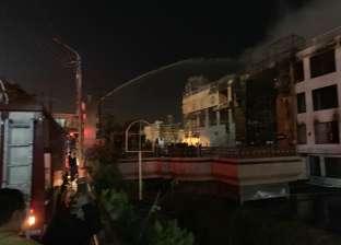 احتراق 3 طوابق في مركب عائم بالمنصورة وإصابة 3 أحدهم من رجال الإطفاء