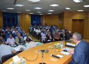 محافظ المنيا يوجه رؤساء المراكز والمدن بالتصدي للشائعات