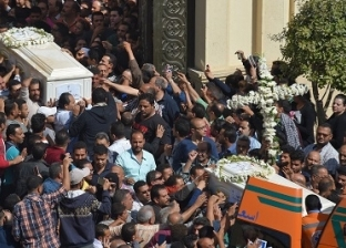 مصر تشيع «شهداء المنيا».. والبابا: نصلى من أجلهم ولـ«خروج المعتدين من غيبوبتهم»