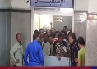 مشادة بين مذيعين ومدير مستشفى منع دخول المرضى أثناء زيارة وزيرة الصحة