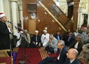 بالصور| محافظ قنا يشهد احتفال ذكرى المولد النبوي.. ويهنئ السيسي