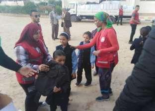 """""""الهلال الأحمر"""": توزيع 6 آلاف حقيبة مدرسية على تلاميذ العريش"""