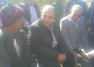 وزير الزراعة يتفقد عددا من المشروعات الزراعية في أسوان
