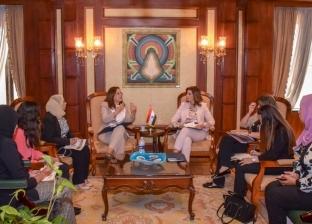 """وزيرة الهجرة: """"مصر تستطيع"""" نجحت في ربط العقول والطيور المهاجرة بالوطن"""