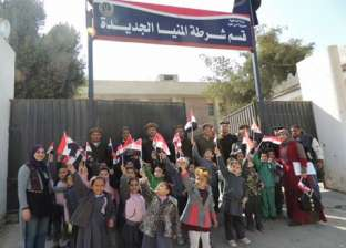 قسم شرطة المنيا الجديدة يستضيف عددا من تلاميذ المدارس