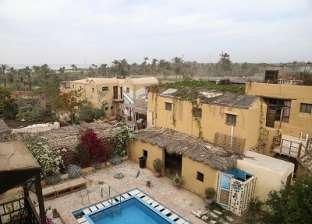 «جبير» ترك زحام القاهرة واعتزل الصحافة وأسس «زاد المسافر»: «مستحرم أقفله»