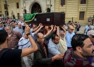 تشييع جنازة 3 من أسرة مدرس بـ«طب المنصورة»