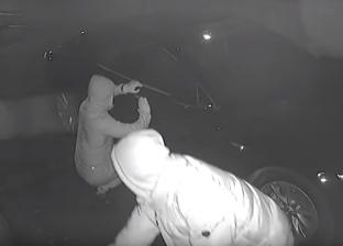 """بالفيديو  سرقة سيارة """"تسلا"""" في 120 ثانية فقط"""