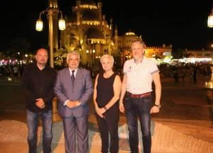 وفد أوروبي يتفقد الأماكن السياحية بشرم الشيخ لتنظيم حفل غنائي عالمي