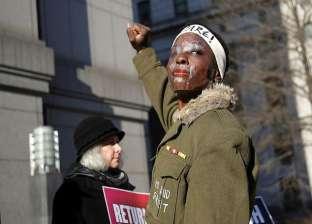 """200 ساعة خدمة.. عقوبة فتاة من أصول أفريقية تسلقت """"تمثال الحرية"""""""