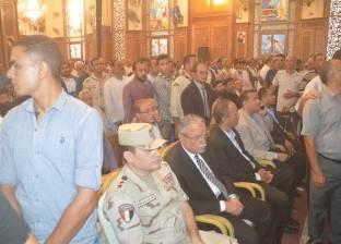 """محافظ الإقليم يشارك في مراسم تشيع جنازة """"مطران المنيا"""""""