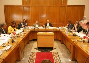 وزير الري باجتماع اللجنة العليا لتراخيص الشواطئ: يسّروا على المستثمرين
