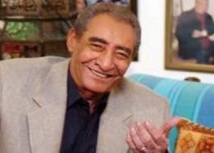 """مؤلف كتاب """"الخال"""": الجامعات المصرية رفضت تدريس أشعار """"الأبنودي"""""""