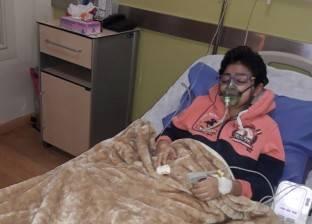 معاناة إسلام.. مصاب بمرض نادر ويحتاج لعملية زراعة رئة خارج مصر