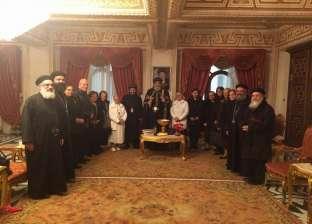 في مستهل زيارته للإسكندرية.. تواضروس يستقبل أرامل الكهنة