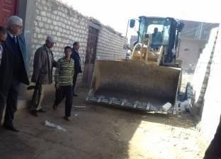 إزالة 16 حالة تعد على الأراضي الزراعية في قنا