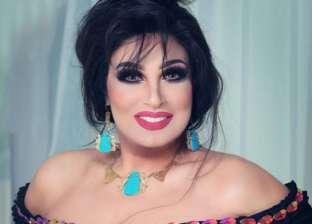 """عمرو أديب لـ""""فيفي عبده"""": """"علمتي صوفينار الرقص؟"""".. والأخيرة ترد"""