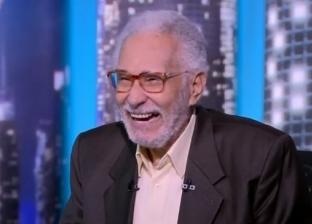 عبدالرحمن أبو زهرة يرفض وصفه بالفنان العظيم ويتحدث عن أبنائه وأحفاده