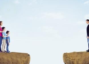 آباء محرومون من رؤية أبنائهم: «عادل» أرسل استغاثة لـ«اليونيسيف».. و«محمد» دشن صفحة «عاوز أسلم على بنتى»