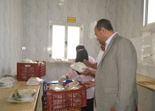 بالصور| رئيس مدينة مطوبس يتفقد أقسام المستشفى المركزي