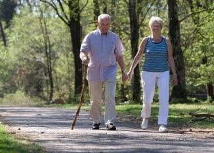 """""""هتطمن عليهم"""".. حذاء """"GPS"""" لتتبع مرضى ألزهايمر"""