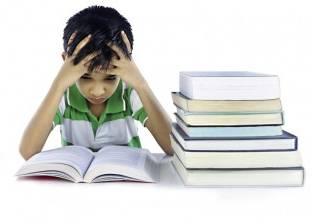 كيف ينظم الطالب جدول المذاكرة والدراسة.. خبير مهارات تفكير يجيب