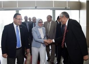 وزيرة الصحة تتفقد مستشفى الحميات في الإسكندرية