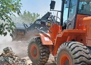 تنفيذ 5 قرارات إزالة تعديات على أملاك الدولة بقرية محمد عبده في السويس