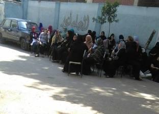امتحانات «الثانوية» تعوّض أصحاب المقاهى عن ركود رمضان: «الكرسى بـ2 جنيه»