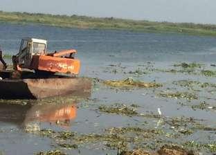 أمن دمياط يواصل حملته لإزالة التعديات على بحيرة المنزلة