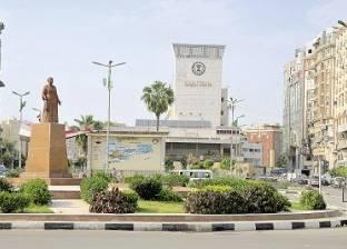 إصابة سائق أثر اصطدام سيارته بسور محافظة الدقهلية