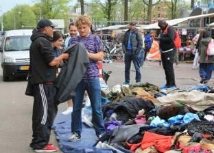 «سوق الجمعة» فى أمستردام: أى حاجة قديمة للبيع