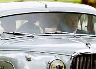 """""""ديلي ميل"""": غضب لعدم وضع الأمير جورج حزام الأمان داخل السيارة"""