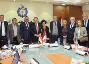 مصر توقع مذكرة تعاون مع فرنسا في مجال بحوث السرطان