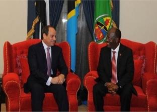 """السيسي للرئيس التنزاني: سنشارك في حفل توقيع عقد إنشاء سد """"ستيجلر جورج"""""""