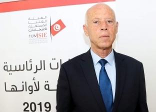 """""""متعمق في القانون"""".. السيرة الذاتية لمرشح الرئاسة التونسية قيس سعيد"""