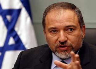 ليبرمان: حماس تسعى لإنشاء بنية تحتية عسكرية في جنوب لبنان